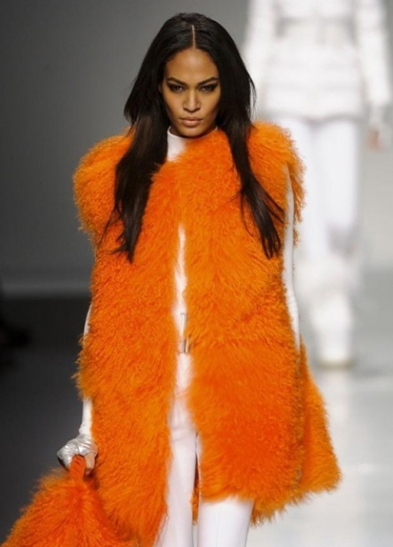 fashion-trends1orangewinterwhite
