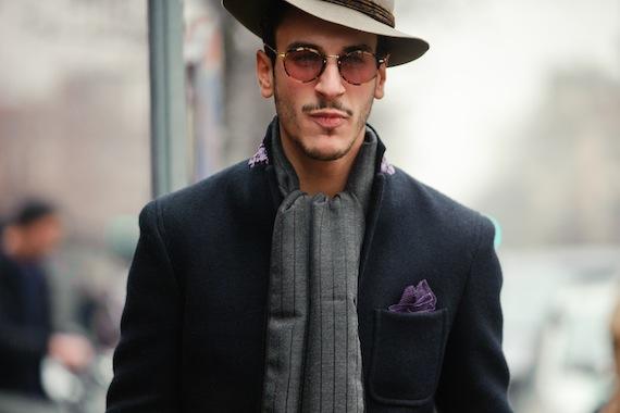 grey-borsalino-hat_grey-striped-scarf_-purple-pocket_Milan-mens-fashion-week-Street-Style_15_autumn_winter-2014_2015Street-Style_16